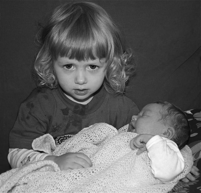 Henny (stor) & Kaja (liten)